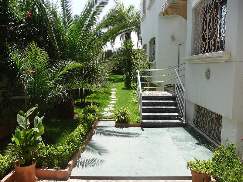 Villa vendre route imouzzer f s immobilier for Decoration maison au maroc